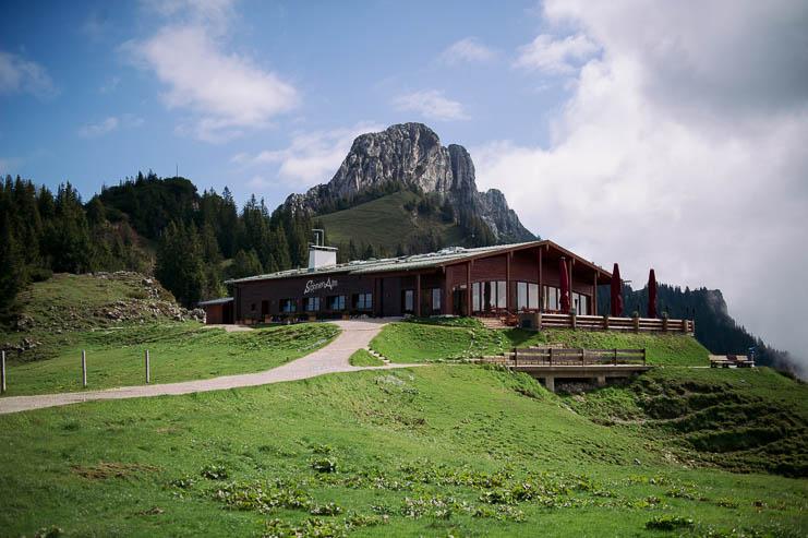Wilde Romantik in den Bergen: Hochzeit auf der Kampenwand