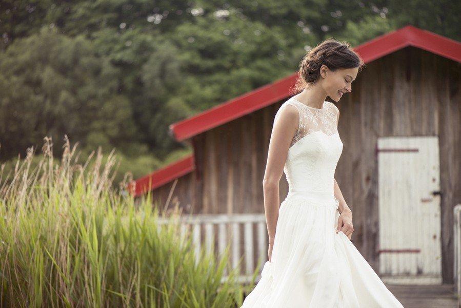 Das Brautkleid Gisele von Lambert Creations passt herrlich zu Boho und Vintage Hochzeiten.