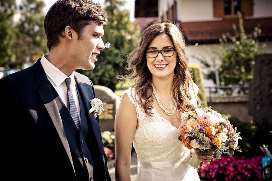 Eine Boho-Hochzeit im Grünwalder Forstwirt bei München, fotografiert von Anna-Lena Zintel.