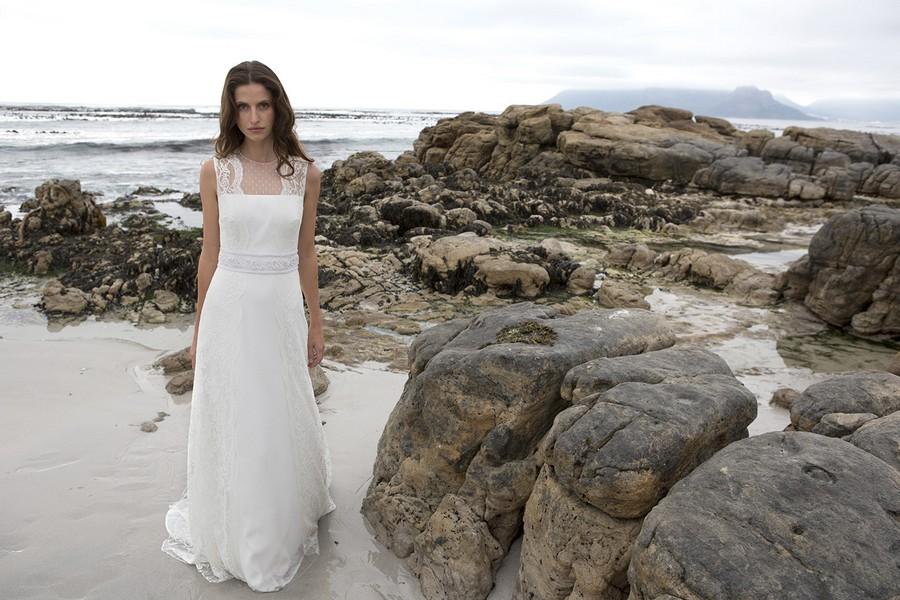 Das Brautkleid Tamara von Rembo Styling im Vintage Stil.