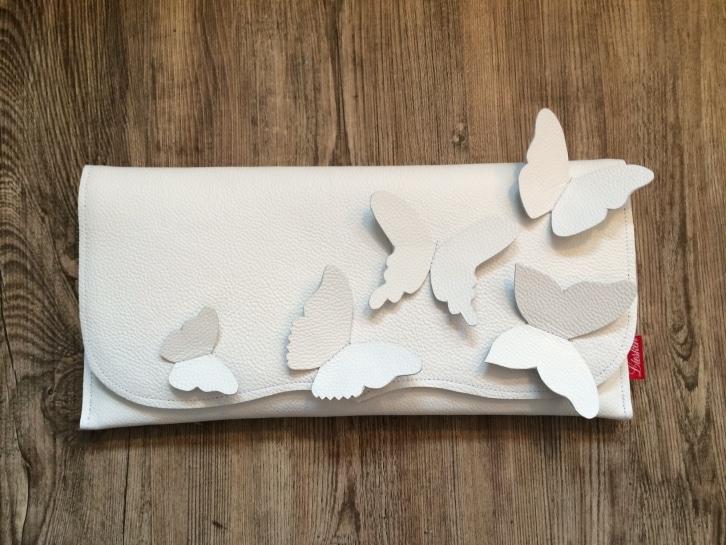 clutch-hochzeit-braut-creme-weiß-ivory-leder-schmetterlinge-liesken-roth