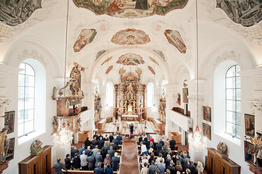 Die Pfarrkirche von Leogang bei Salzburg, St. Leonhard.
