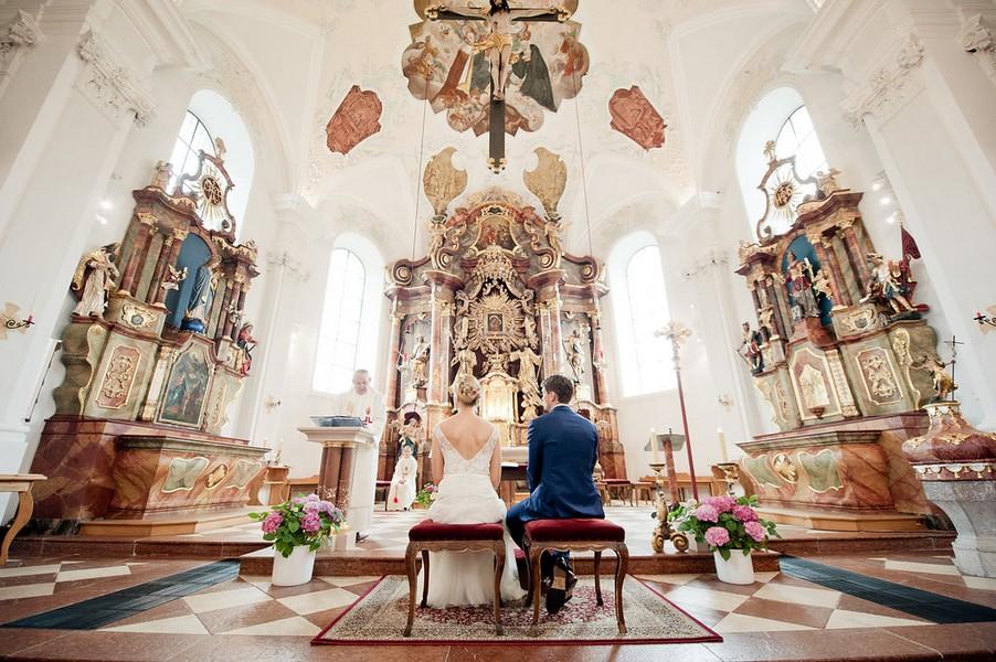 Spätbarocke Pracht: Die Pfarrkirche St. Leonhard bei Zell am See