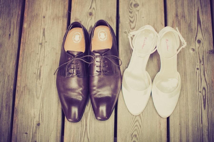 Schuhe von Braut und Bräutigam - Foto: Stefanie Danner.