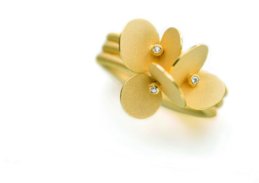 brautschmuck-braut-kette-gold-diamant-goldschmied-taublatt-gilching-muenchen
