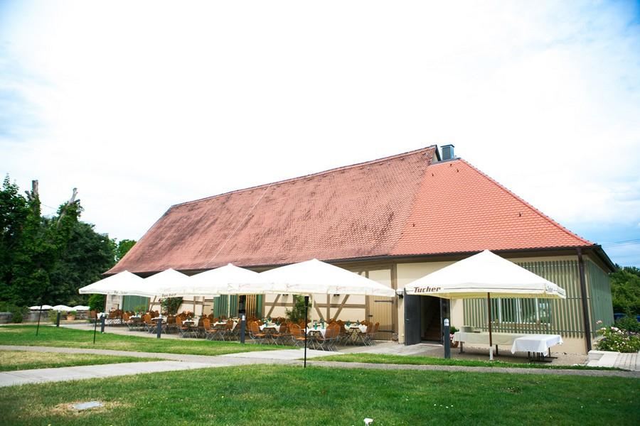Hochzeitsfeier auf Schloss Atzelsberg.