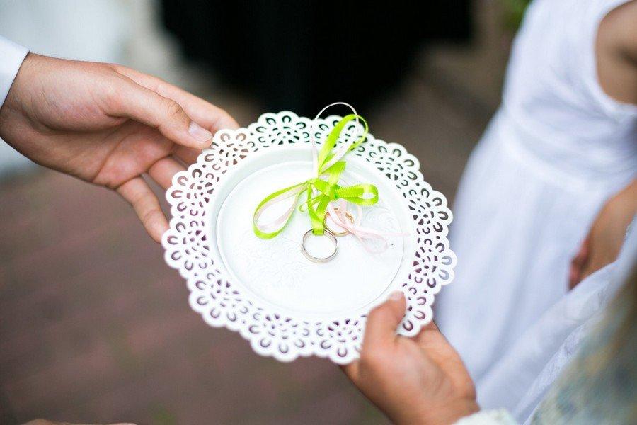 Ringschale von Ikea für eine Hochzeit.