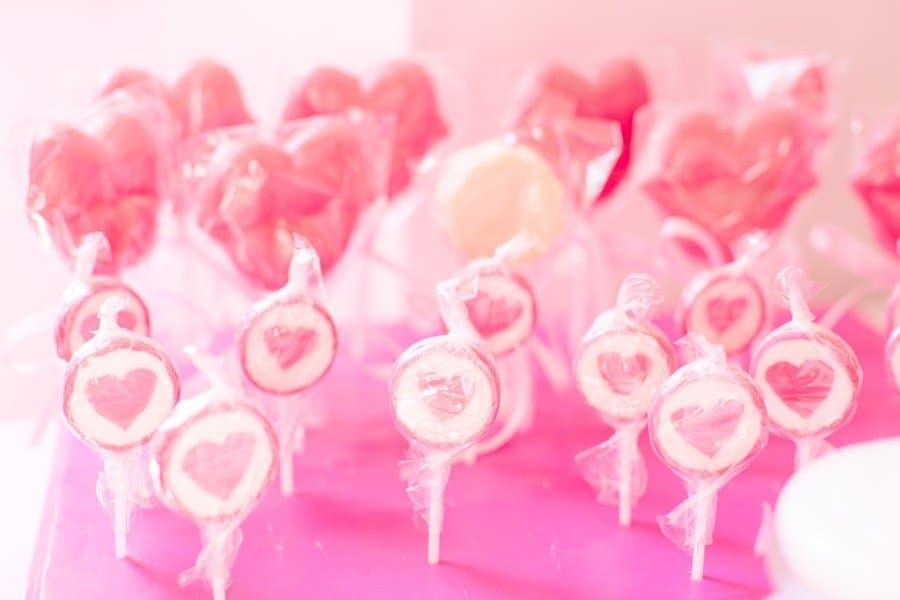 candybar-hochzeit-pink-rosa-weiss-lolli-schloss-loretto-woerthersee-klagenfurt-tanja-und-josef