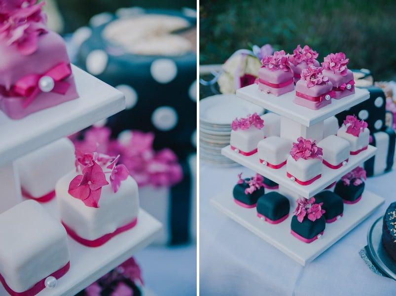 Petit Fours Hochzeit : eine hochzeit auf dem land im bayerischen wald in pink ~ Orissabook.com Haus und Dekorationen