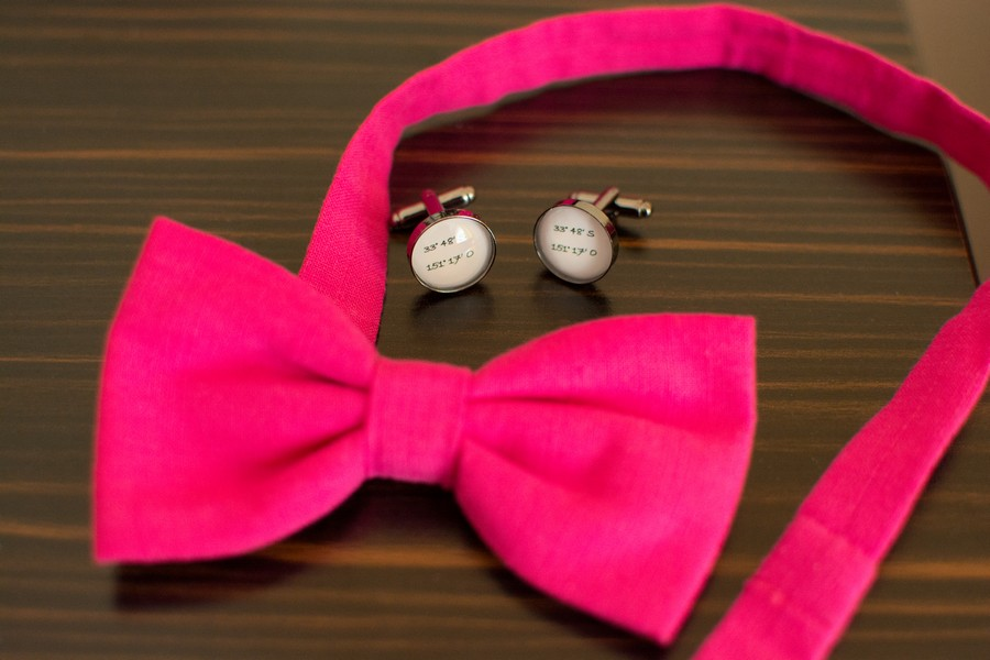 fliege-pink-braeutigam-manschettenknoepfe-koordinaten