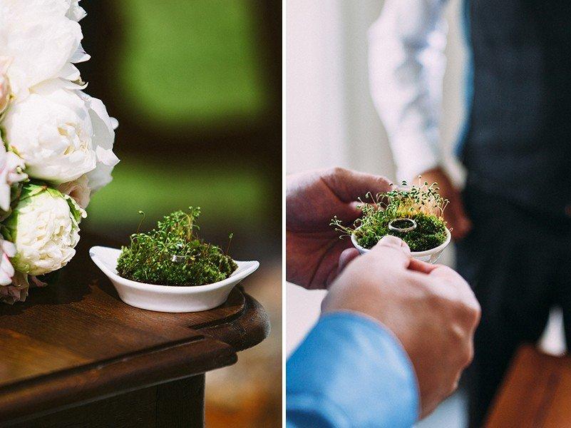 Ein Ringkissen aus Moos für die Hochzeit