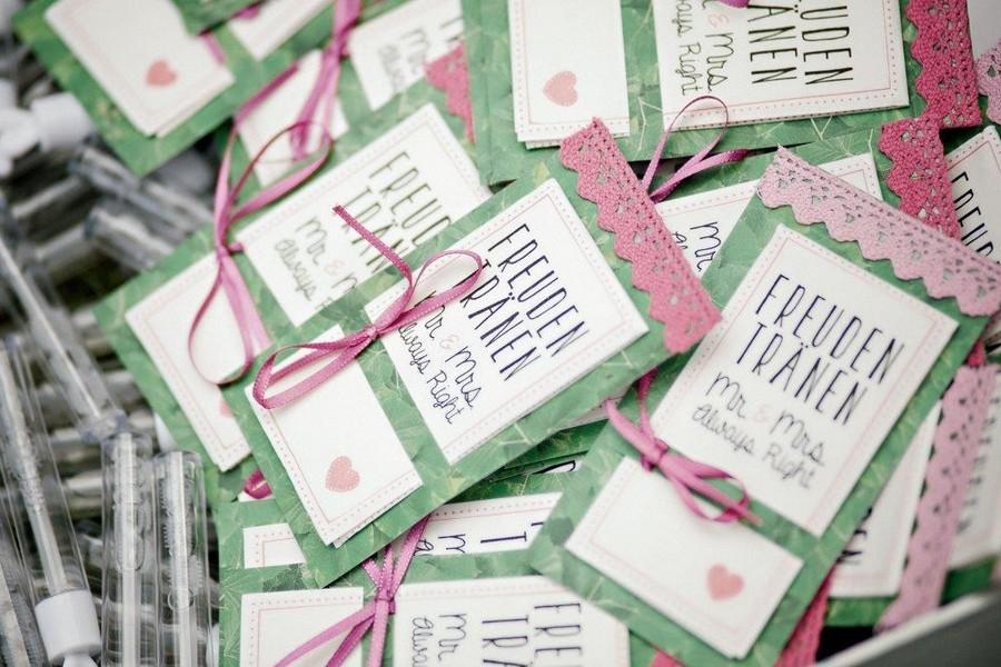 Kirchliche Trauung im Freien: Klassisch-romantische Hochzeit im Friaul