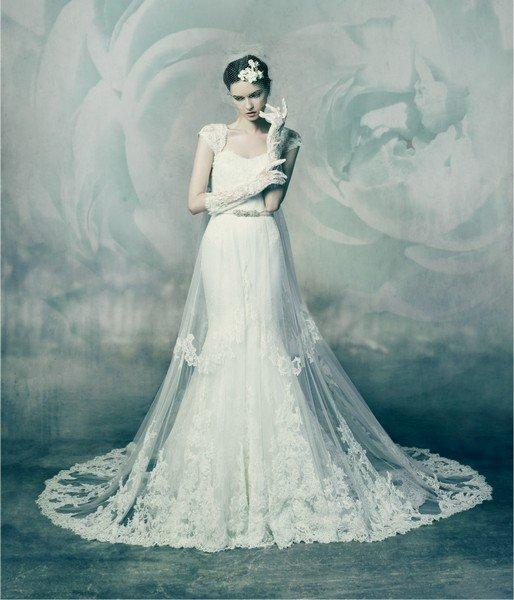 Das Brautkleid Malachite von Annasul Y