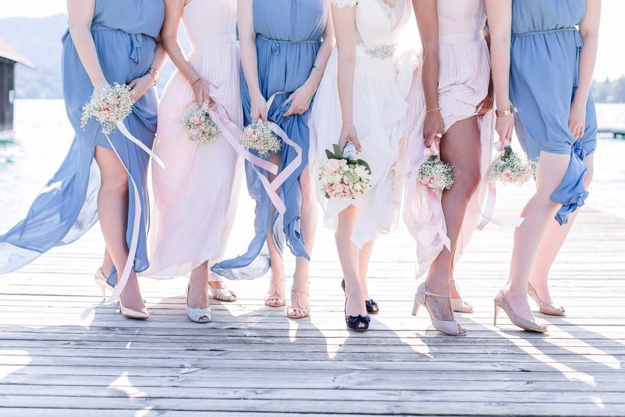 Süße DIY-Hochzeit im Vintage-Stil unter freiem Himmel