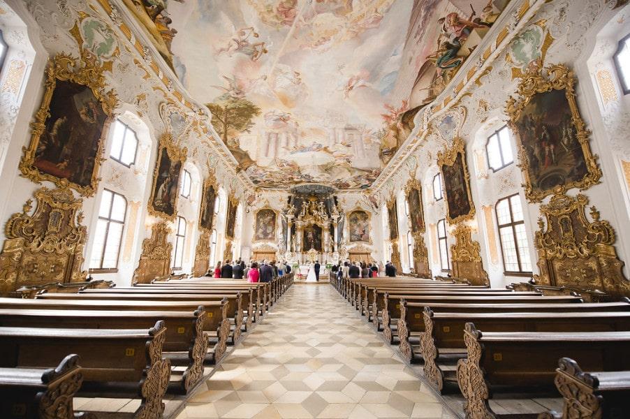 Die Asamkirche in Ingolstadt: barocke Herrlichkeit als Traukulisse