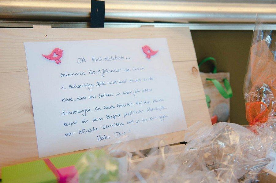 hochzeit-idee-geschenk-kiste