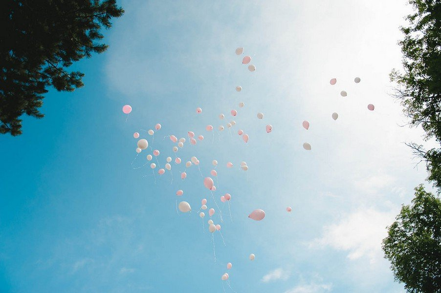 rosa-luftballons-hochzeit