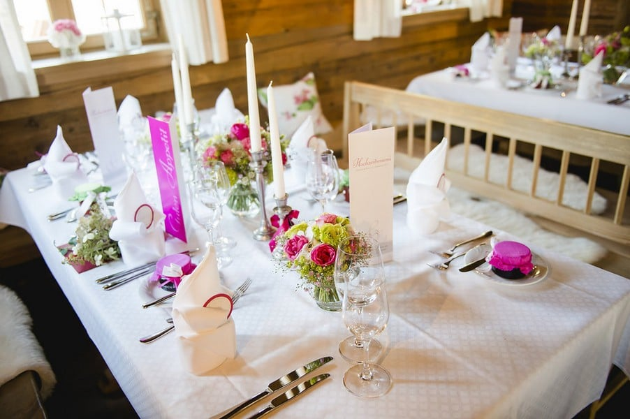 Klassische Hochzeit Am Tegernsee In Pink Grun Und Weiss