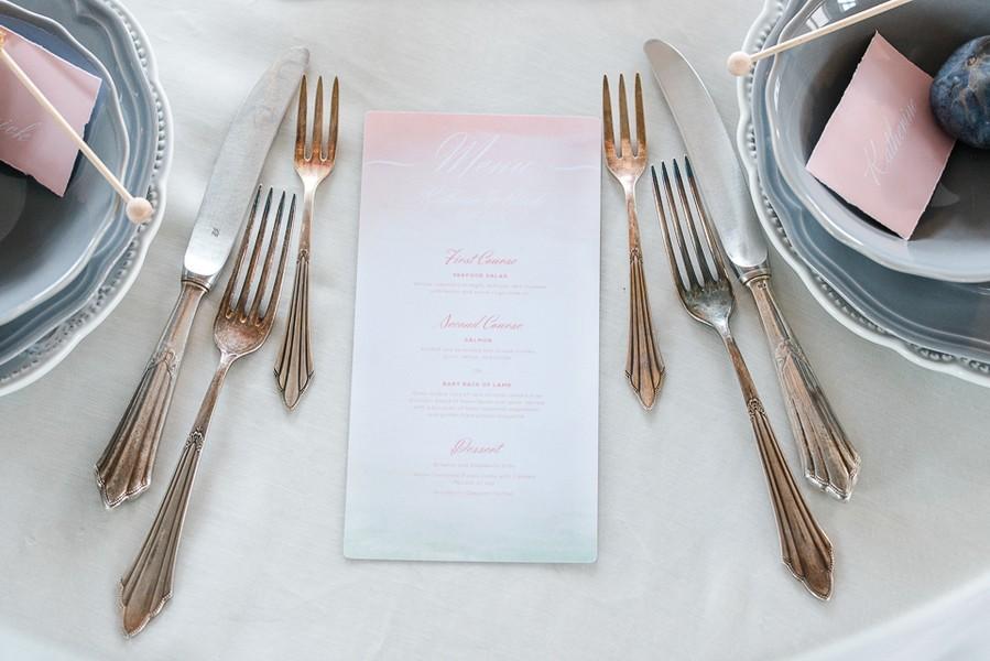 Antikes Besteck für die Hochzeit.