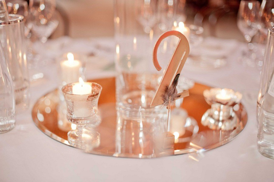 Tischdeko für eine Hochzeit im Stil der 20er Jahre