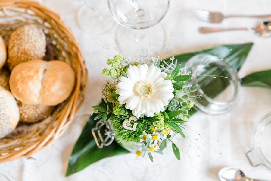 Hochzeitsdeko mit Gerbera