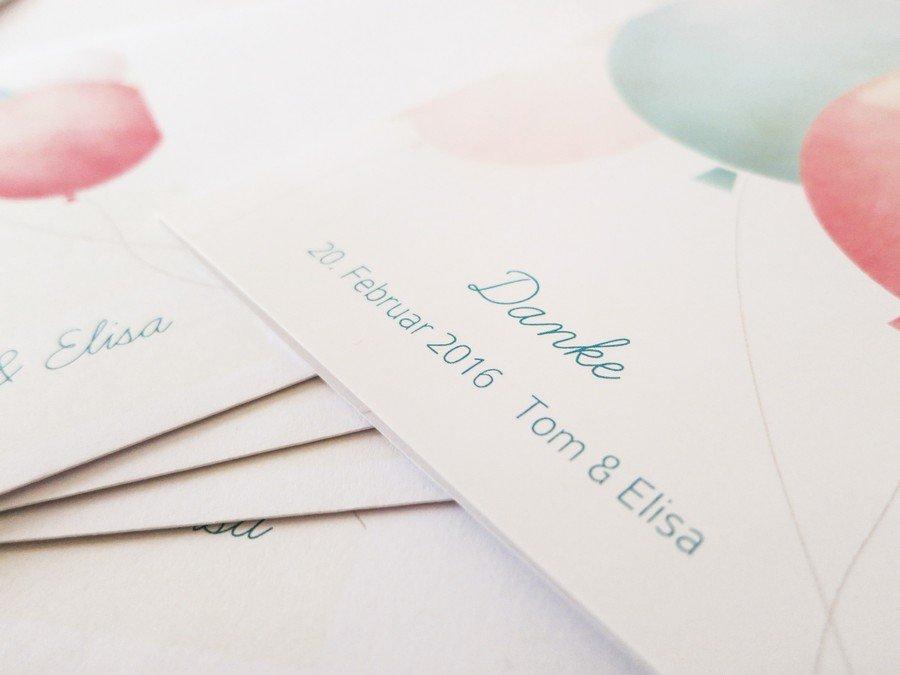 Nach der Hochzeit ist vor der Dankeskarte: Budgetfreundliche Ideen von Sendmoments