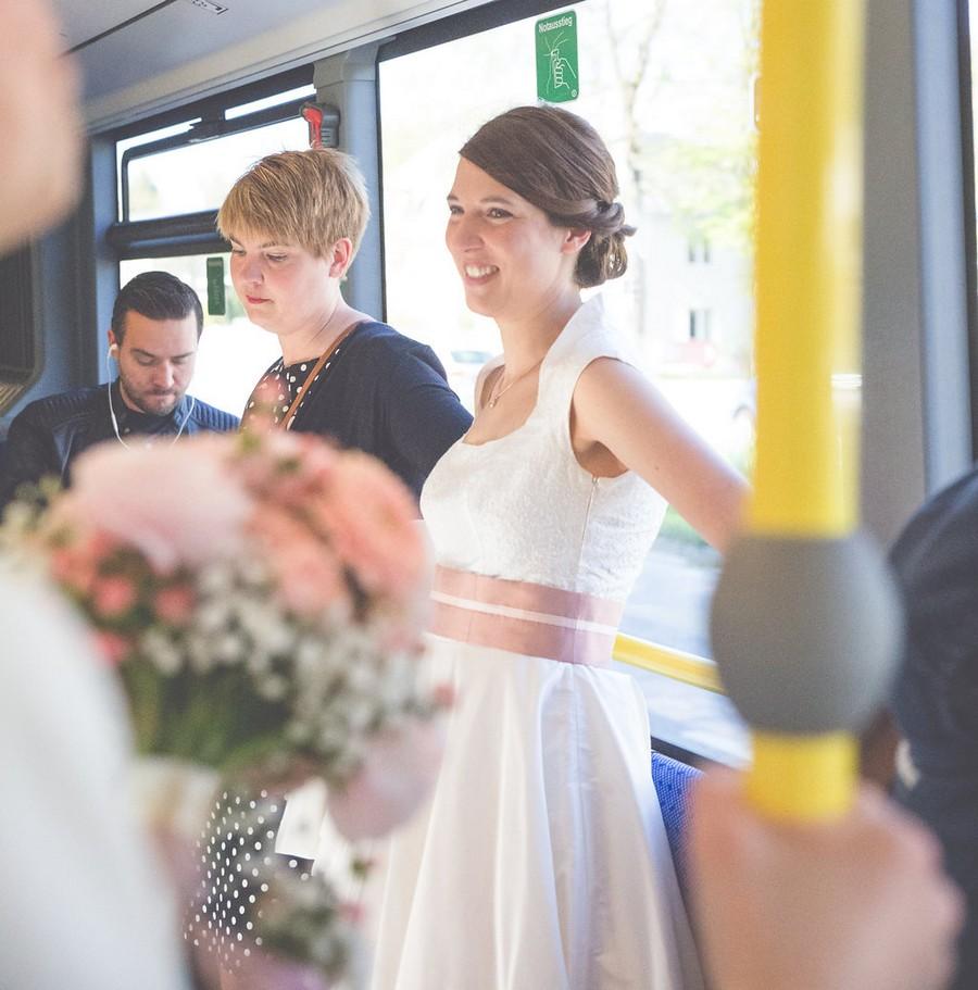 Atemberaubend Rustikale Brautkleider Bilder - Brautkleider Ideen ...