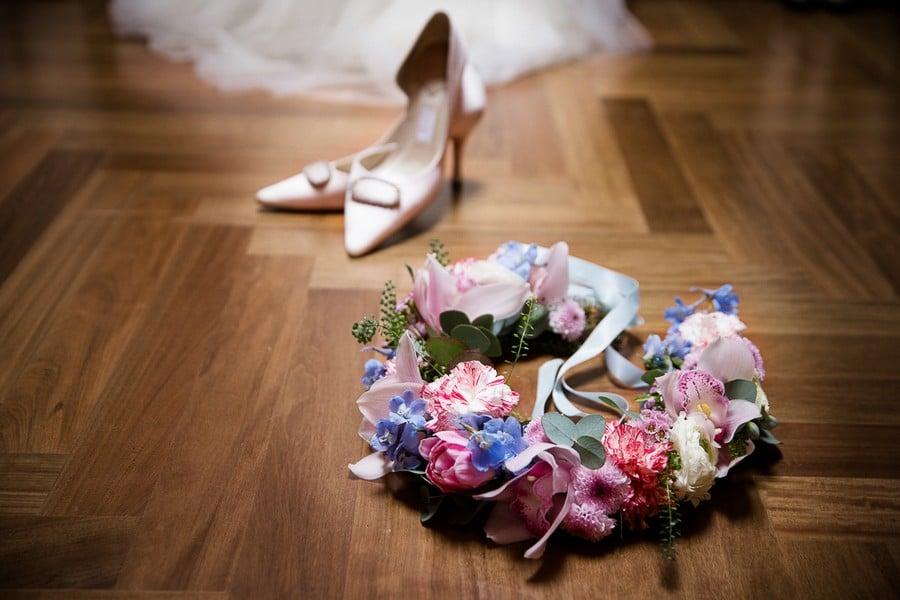 Boho Haarkranz für die Braut in den Pantone Farben Rose Quartz und Serenity