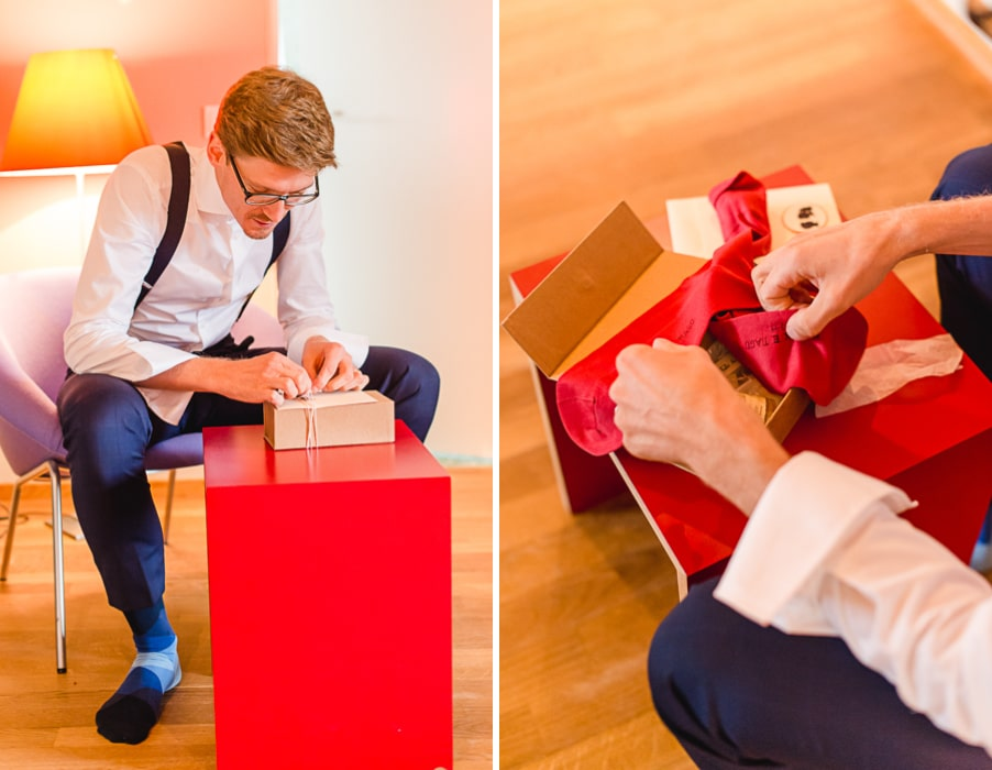 Rote Socken für den Boho-Bräutigam