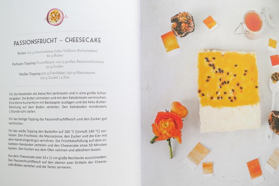 Cheesecake-Passionsfrucht-Tartes aus dem Buch Regenbogentartes
