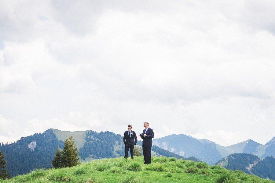 elopement-alm-tegernsee-alpen-natur-freie-trauung-hochzeit-berg-12