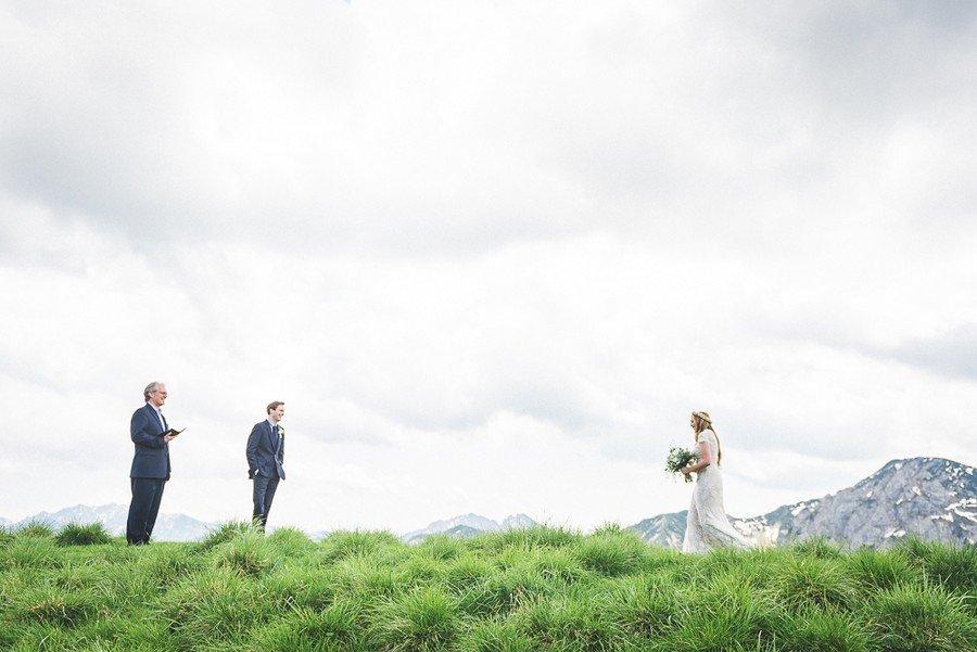 elopement-alm-tegernsee-alpen-natur-freie-trauung-hochzeit-berg-20