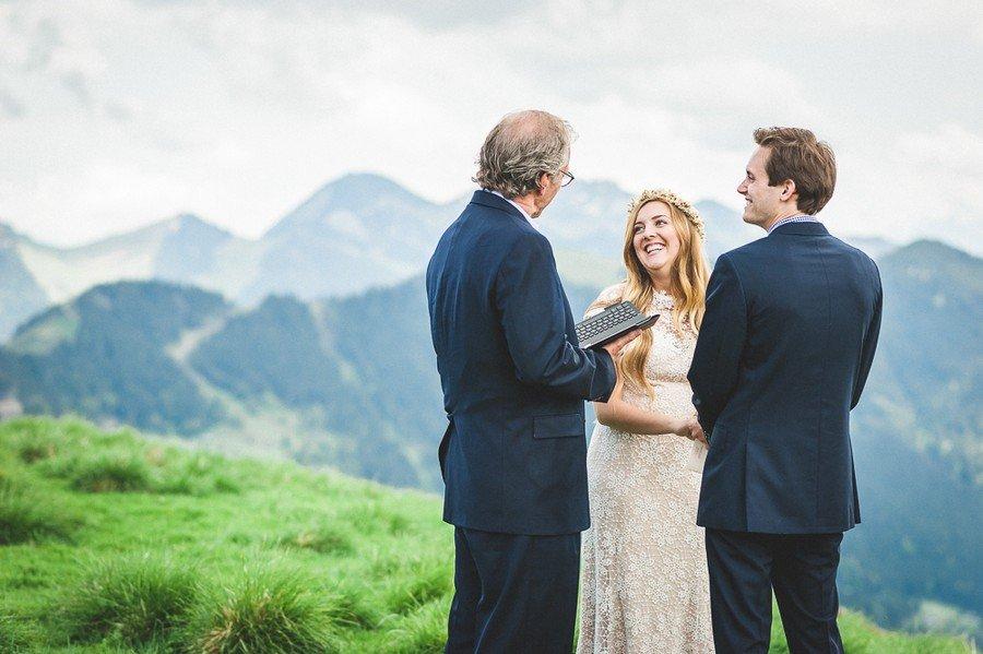 elopement-alm-tegernsee-alpen-natur-freie-trauung-hochzeit-berg-23