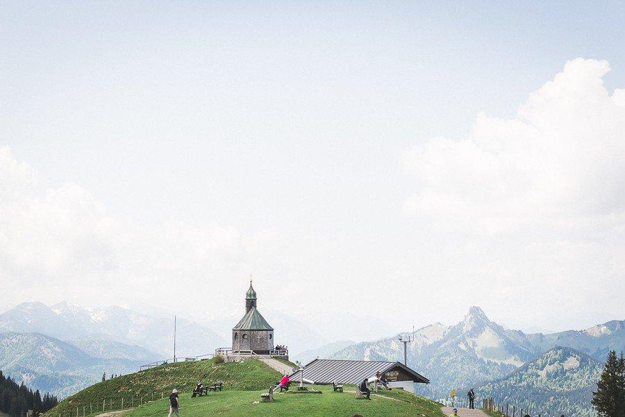 elopement-alm-tegernsee-alpen-natur-freie-trauung-hochzeit-berg-5