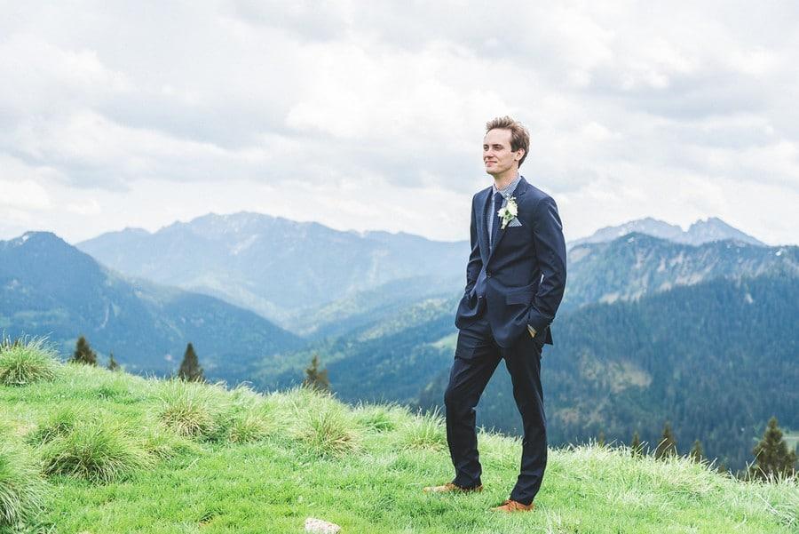 elopement-alm-tegernsee-alpen-natur-freie-trauung-hochzeit-berg-63