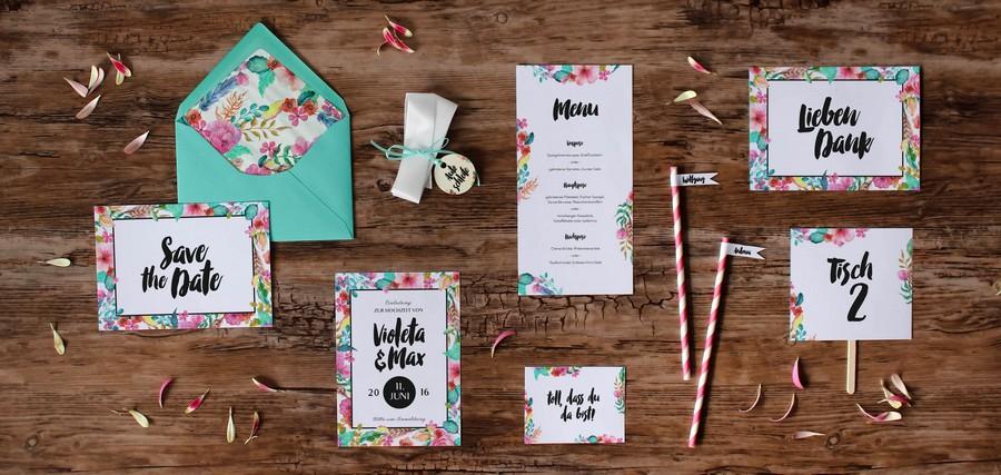 Papeterieset für eure Hochzeit im modernen Stil mit bunten Farben
