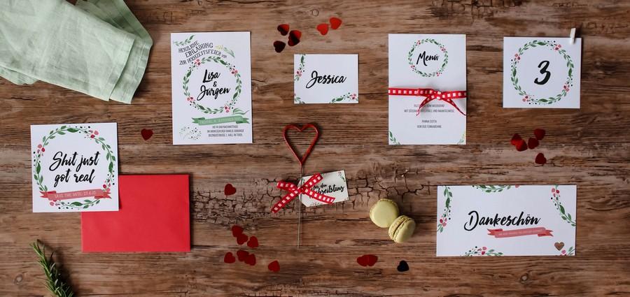 Papeterieset für eure Hochzeit im Boho oder Vintage-Stil mit Blumenkranz