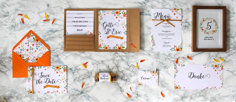 Papeterieset für eure Hochzeit im Boho-oder Vintage Stil mit bunten Blumen