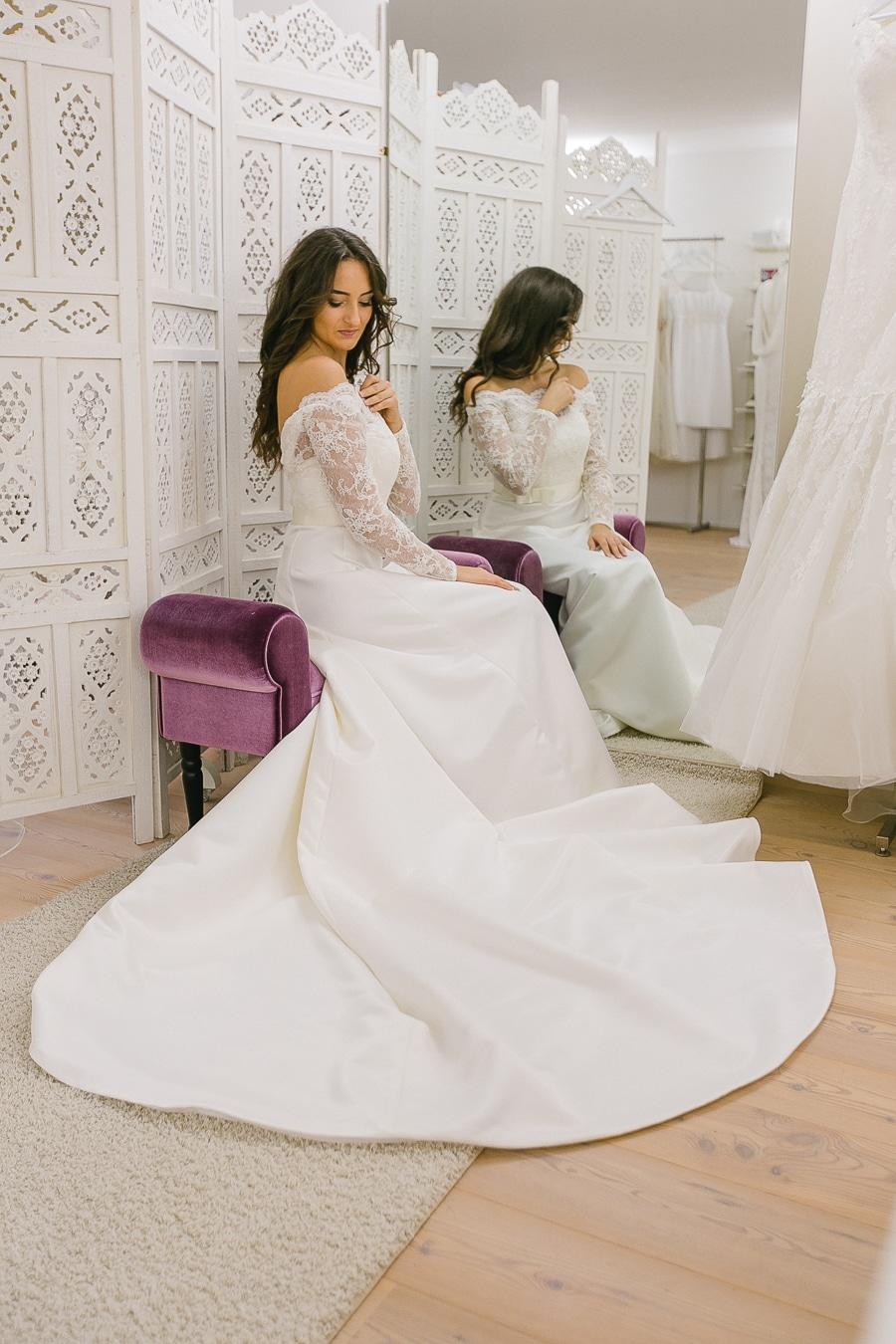 Brautkleid leichter finden - Tipps für den Besuch im Brautladen