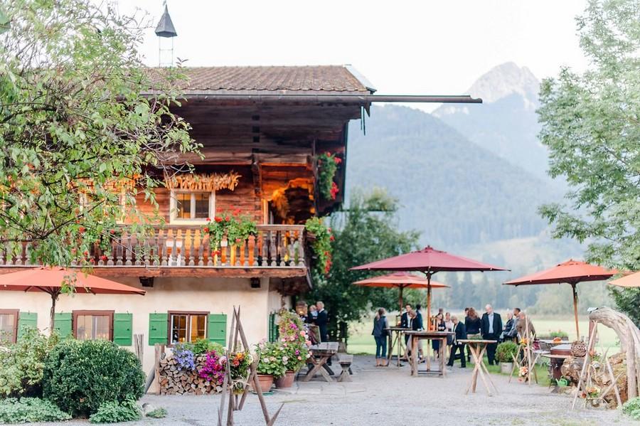 Hochzeit auf dem Hasenöhrlhof mit Sektempfang auf der Hütte
