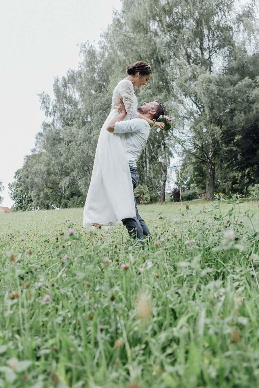 lockere-hochzeit-boho-stil-gut-dietersberg-loredana-la-rocca-50