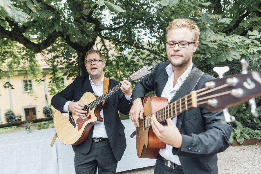 lockere-hochzeit-boho-stil-gut-dietersberg-loredana-la-rocca-71