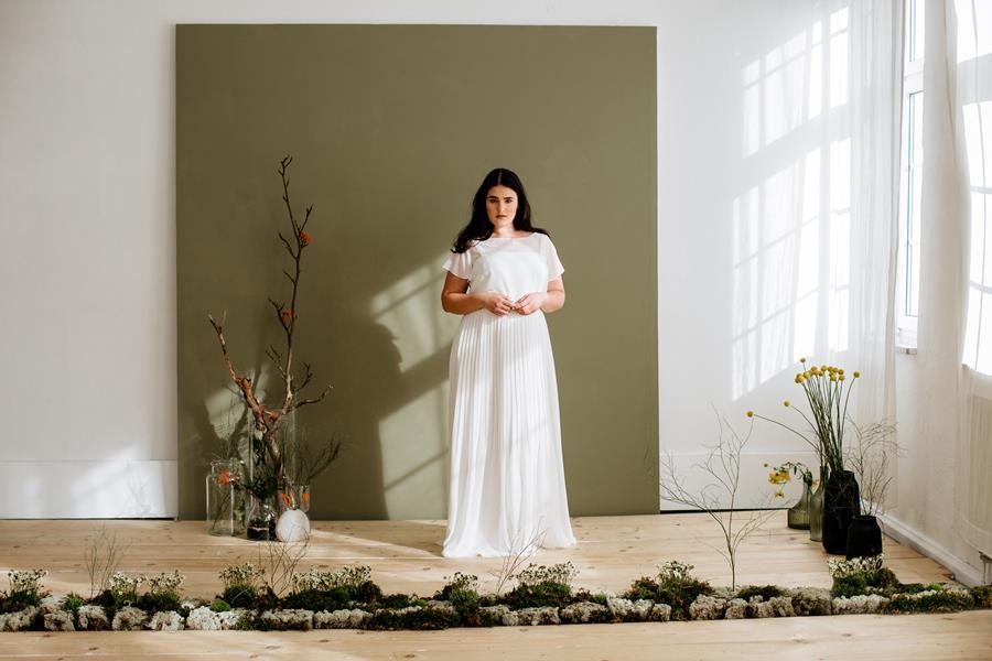 Brautkleid XXL für füllige Frauen von therese&luise aus der Kollektion 2018