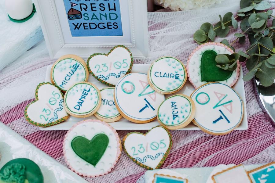 sweet-table-blau-rosa-kekse-individuell-3