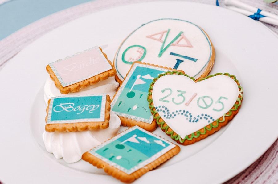 sweet-table-blau-rosa-kekse-individuell-7