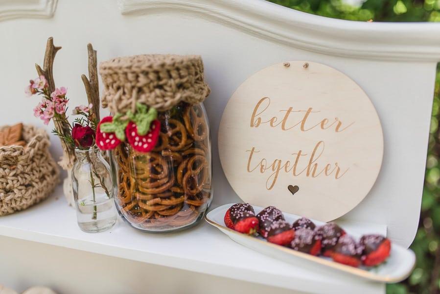 sweet-table-hochzeit-erdbeeren-detail-2