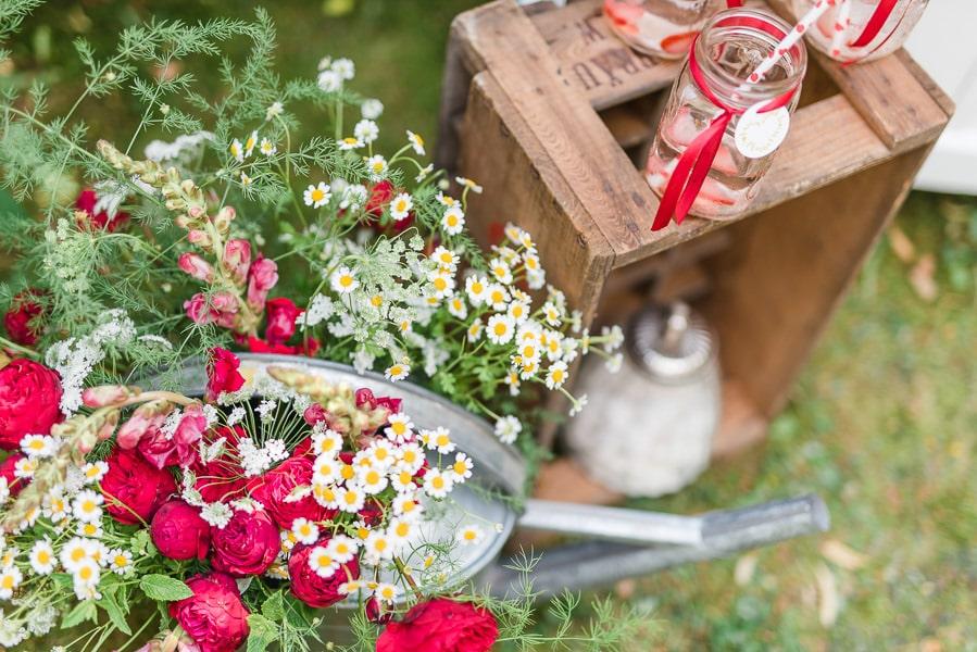 sweet-table-hochzeit-erdbeeren-detail-5
