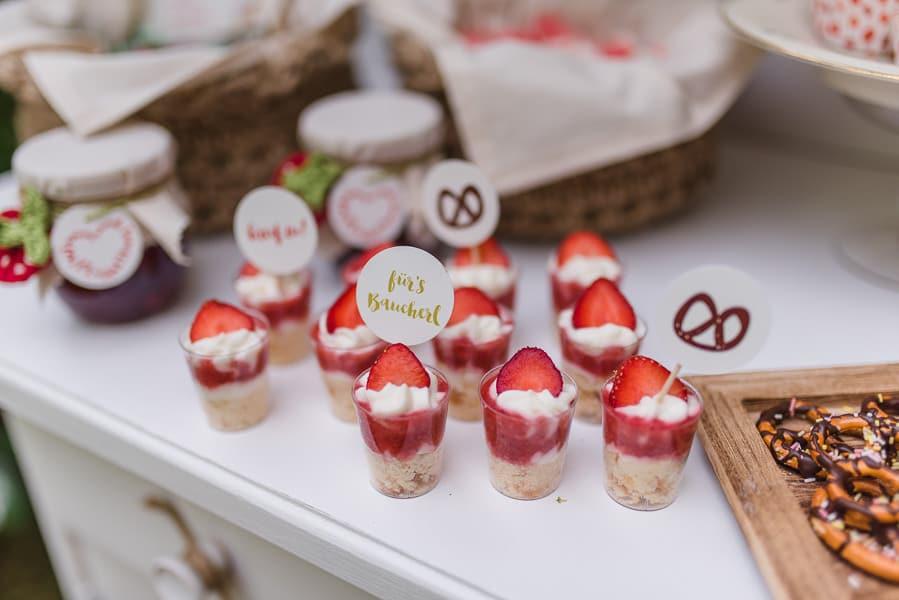 Erdbeer-Hochzeit: Ideen zur Deko im Vintage-Stil