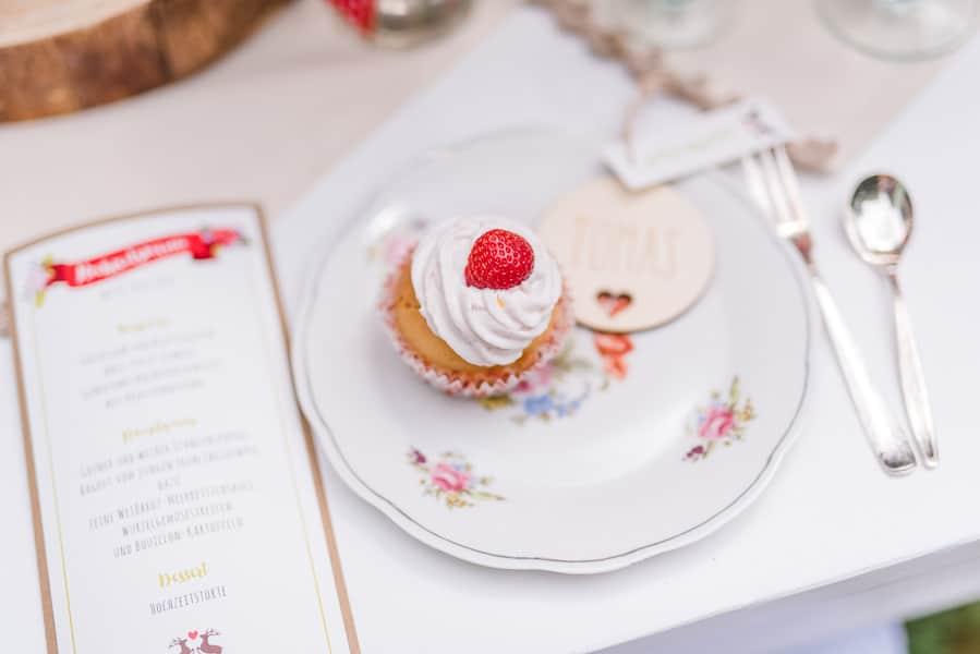 Deko-Ideen für eine Erdbeer-Hochzeit