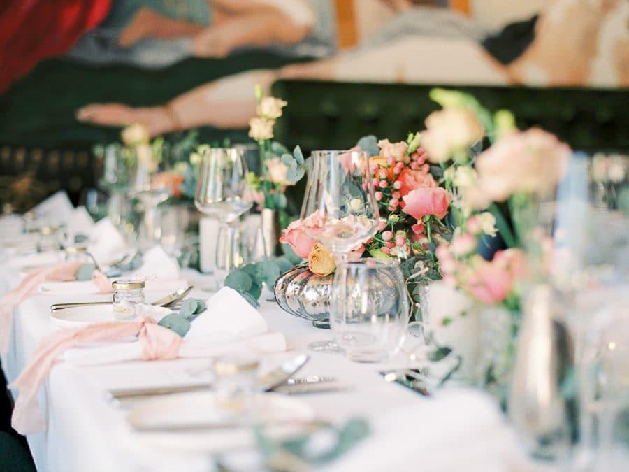 Analoge Hochzeitsfotografie: Verliebt in den Moment